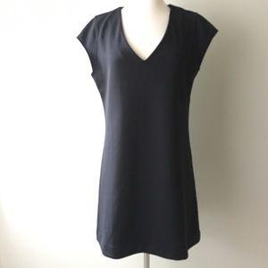 Leith Black v-neck pull on dress large
